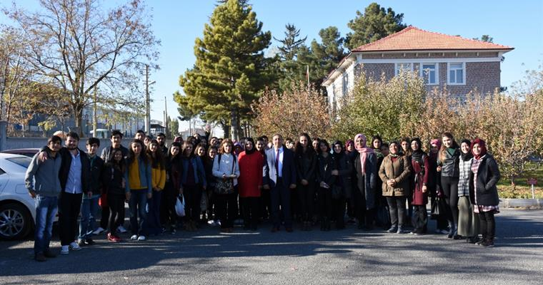Ömer Halisdemir University Students Visit the Institute ...