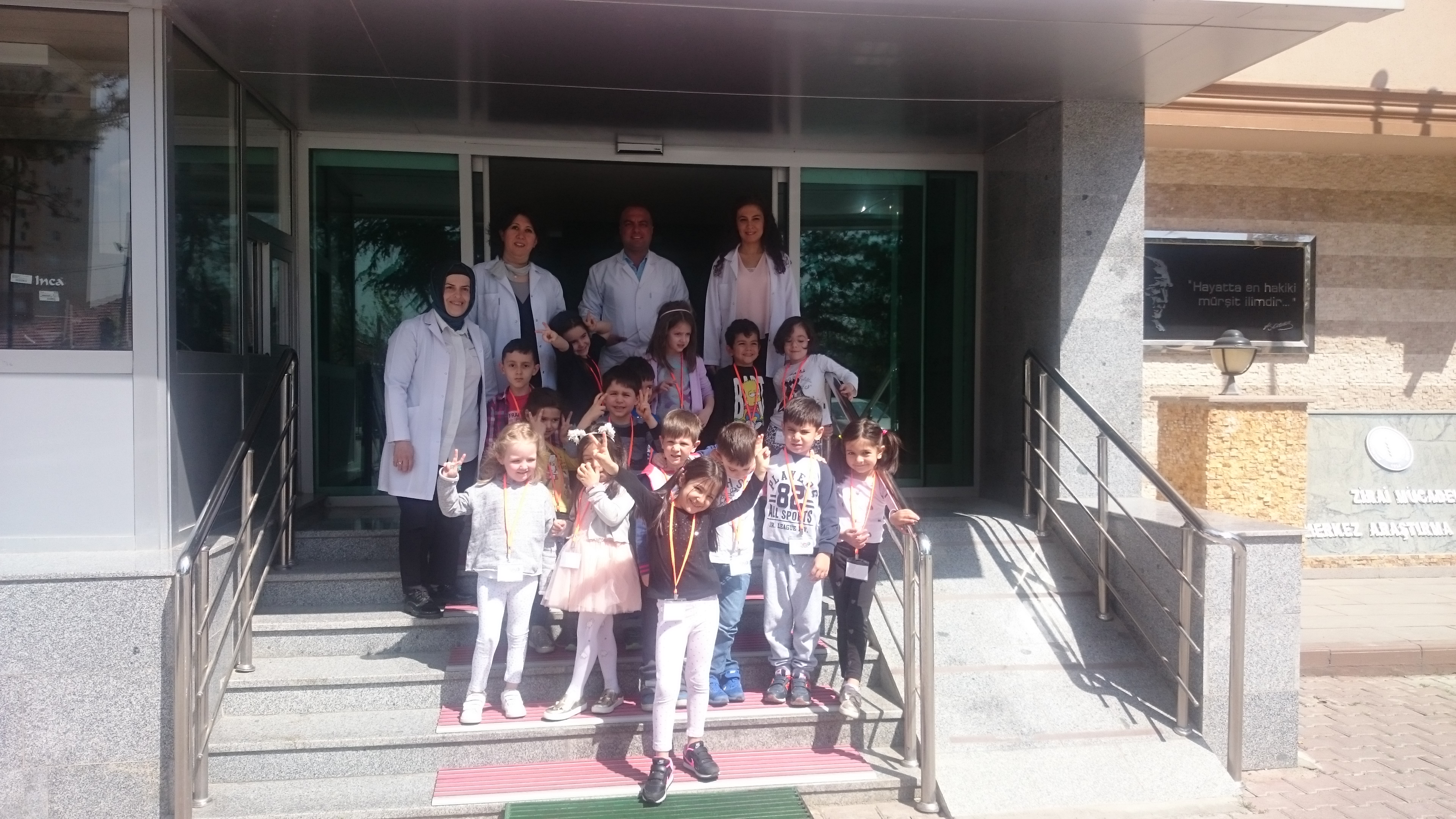 International Play School (IPS) öğrencilerinin ziyareti.
